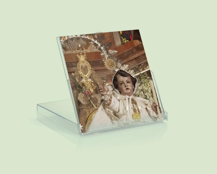 Diseño e impresión de calendario. Archicofradía de María Stma. de la Sierra.