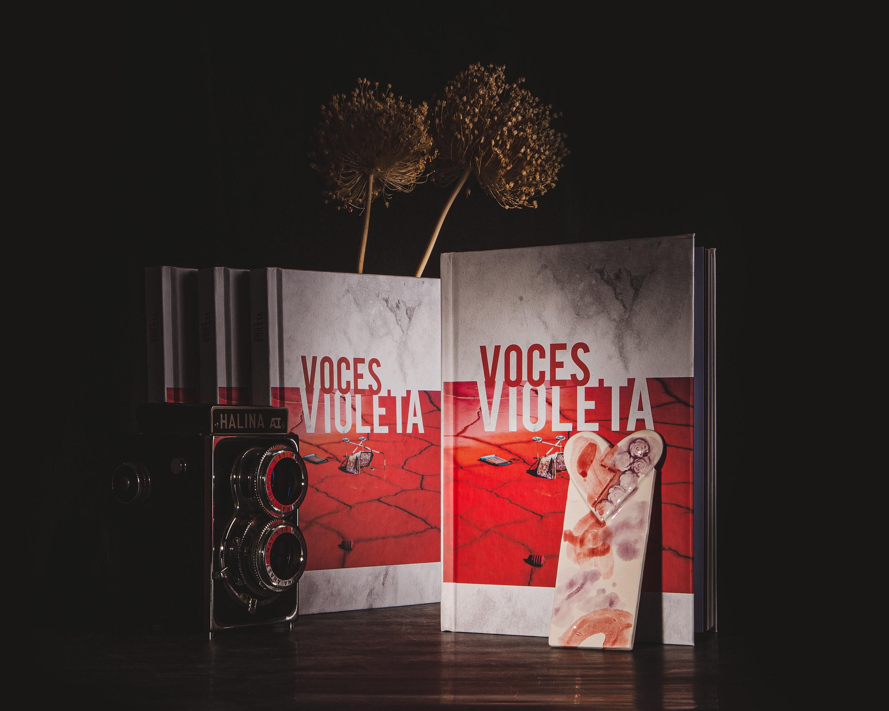 """""""Voces Violeta"""", un grito a la vida. Creado por JuanJe Priego y Manuel Luque."""